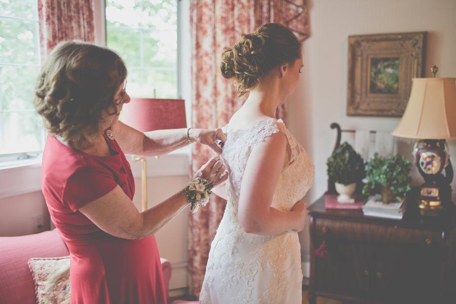 Elizabeth-Leigh-Inn-Wedding-009