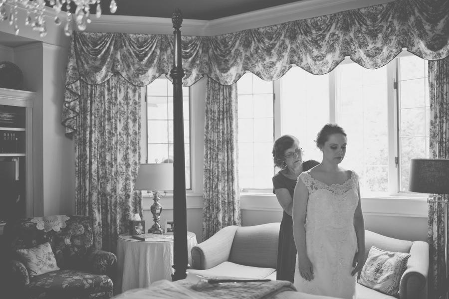 Elizabeth-Leigh-Inn-Wedding-010