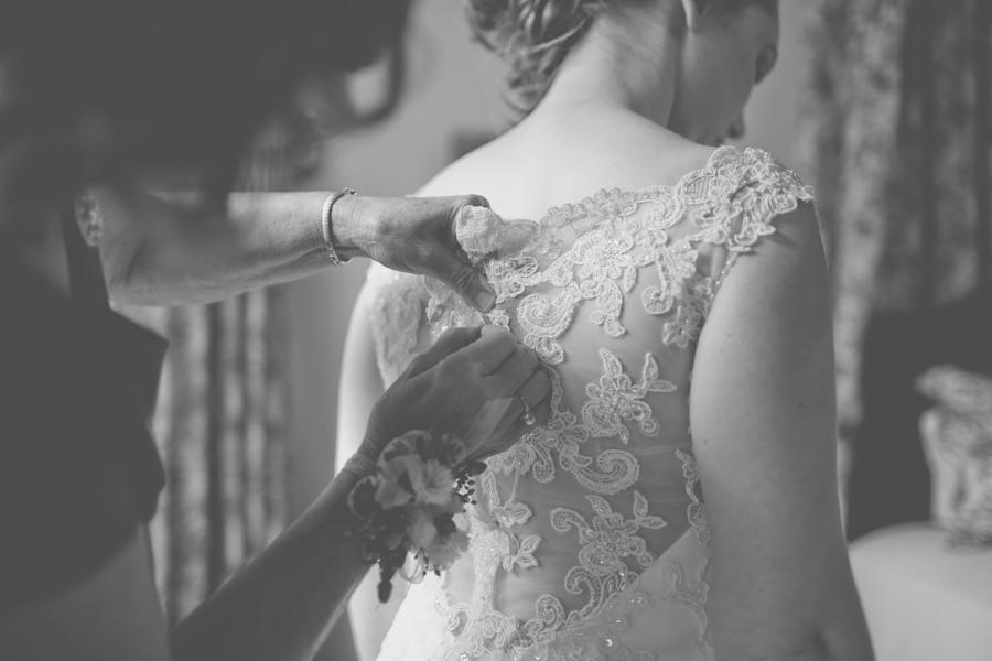 Elizabeth-Leigh-Inn-Wedding-011